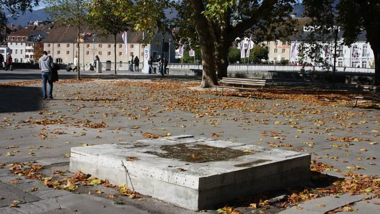 Jahrelang hatte der Kreuzackerplatz dieses triste Bild wie hier im Herbst 2010 abgegeben