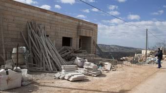 Baustelle bei einer israelischen Siedlung in der West Bank