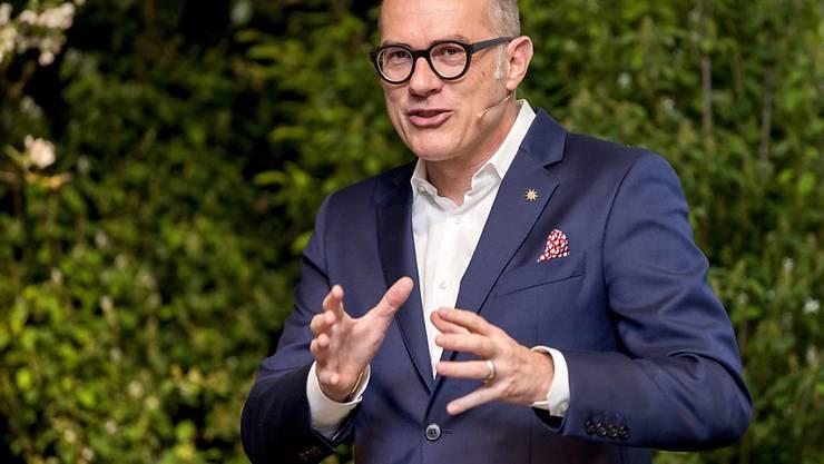 Direktor Jürg Schmid verlässt Schweiz Tourismus und macht sich selbstständig. Schmid war zuletzt wegen seines hohen Lohnes in die Kritik geraten. (Archivbild)