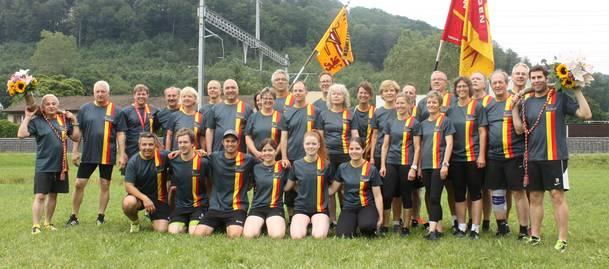 Die Teilnehmer des Turnvereins, Frauenturnvereins und der Männerriege Mellingen