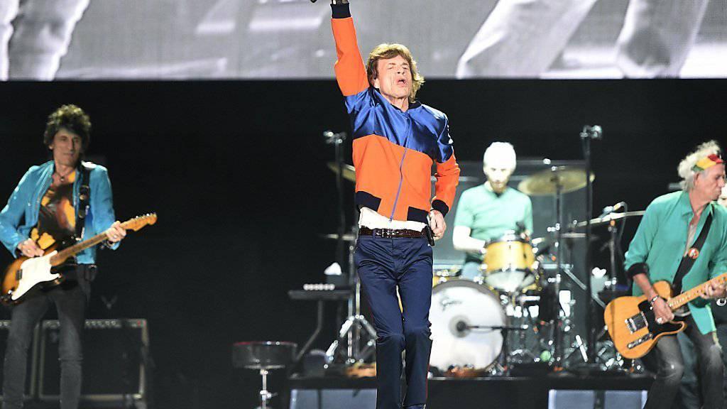 Die Rolling Stones begeisterten einmal mehr. Von allen Künstlern am Festival hat nur Gitarrist Ronnie Wood (l) seinen 70. Geburtstag noch nicht hinter sich.