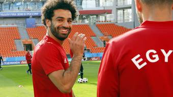 Mohamed Salah gut gelaunt im Training der Ägypter