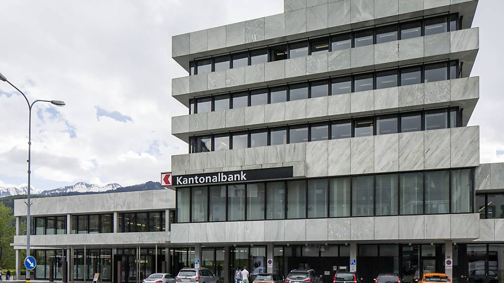 Präsident der Schwyzer Kantonalbank tritt per sofort zurück
