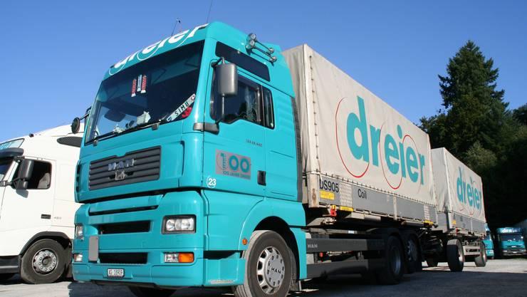 Die Dreier Transport AG aus Gränichen, die 200 Lastwagen im Einsatz hat, beschäftigt insgesamt rund 400 Mitarbeiter.