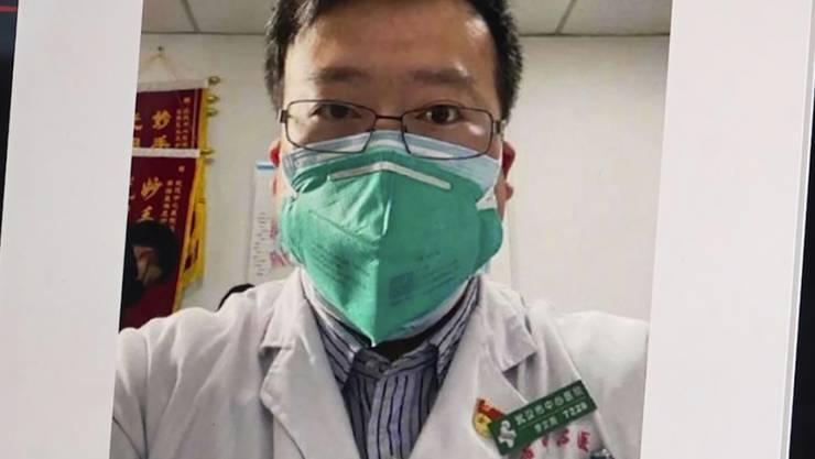 ARCHIV - Das Bild aus einem Video zeigt ein Selfie von Dr. Li Wenliang. Foto: -/APTN/dpa