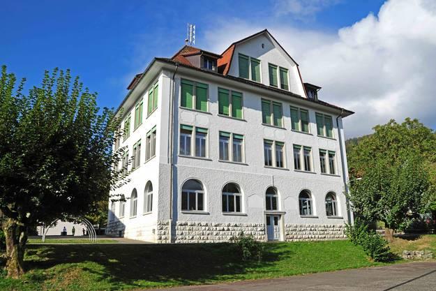 und der Schulstandort Oberdorf aufgegeben?