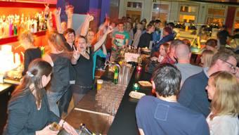 Ein letztes Mal grosse Party-Stimmung in der Billard Bar. edi