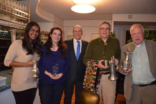 Siegerbild mit Präsident Rolf Düggelin