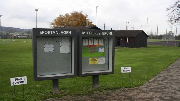 Die Fussballplätze im Mittleren Brühl sind bereits wieder gesperrt - ein Kunstrasen würde vieles vereinfachen.