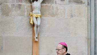 Unter Beschuss: Gegen den Stil von Bischof Vitus Huonder wird am 9. März demonstriert.