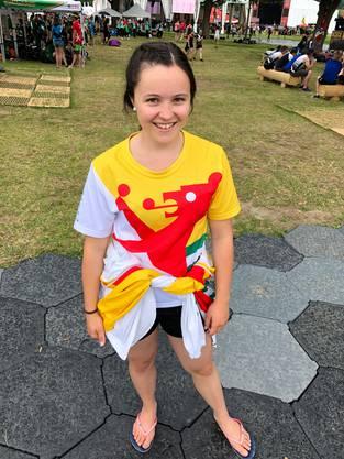 Larissa Reifler (19), STV Balgach (SG): «Wir haben das Outfit schon etwa 10 Jahre. Unser Dorfwappen ist drauf. Finanziert haben den Trikotsatz unsere Sponsoren.»