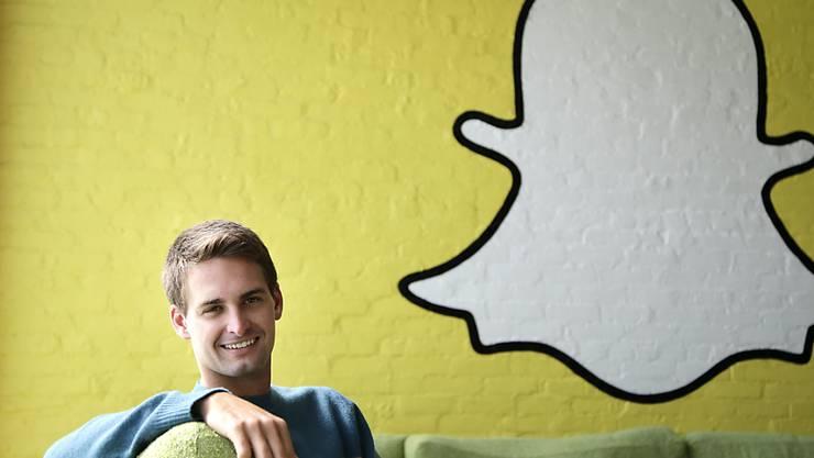 Kann sich trotz weniger Nutzer freuen: Snap-Chef Evan Spiegel. (Archivbild)