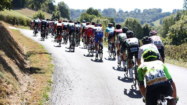 Der Tross der Vuelta a España unterwegs im Baskenland