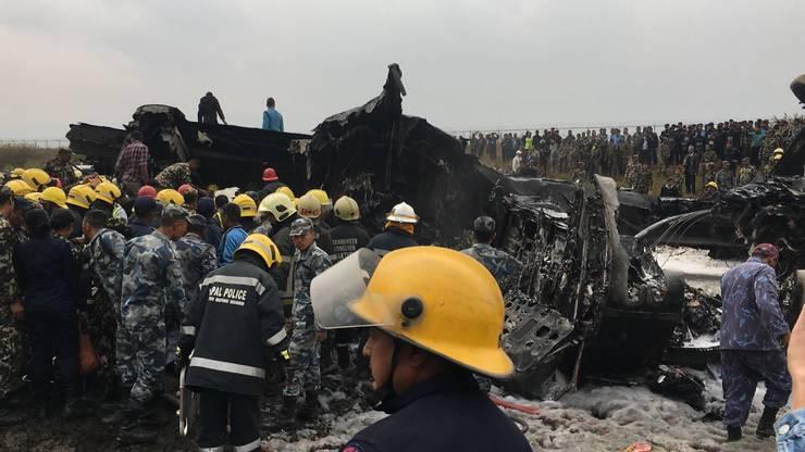 Das Flugzeug war nach der Landung von der Landebahn abgekommen.