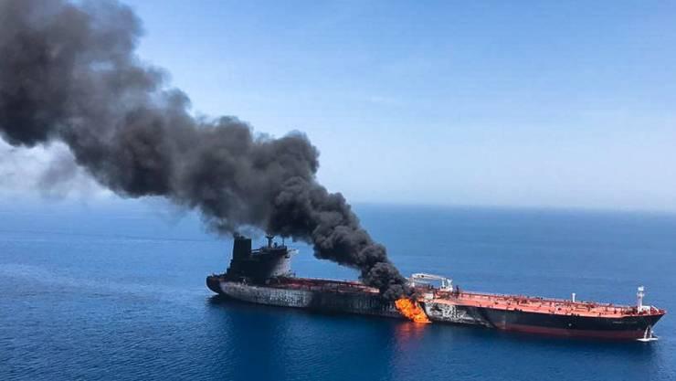 Auf dem norwegischen Öltanker Front Altair brach nach einem mutmasslichen Angriff am 13. Juni im Golf von Oman ein Feuer aus. (Archivbild)