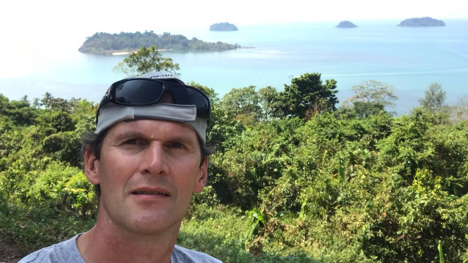 Rolf Binz aus Thailand