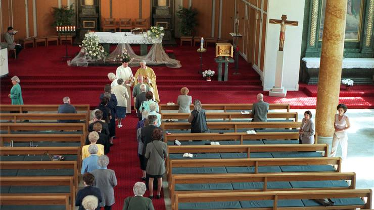 Zur Kommunion durften wieder verheiratete Geschiedene bislang nicht. Symbolbild Key