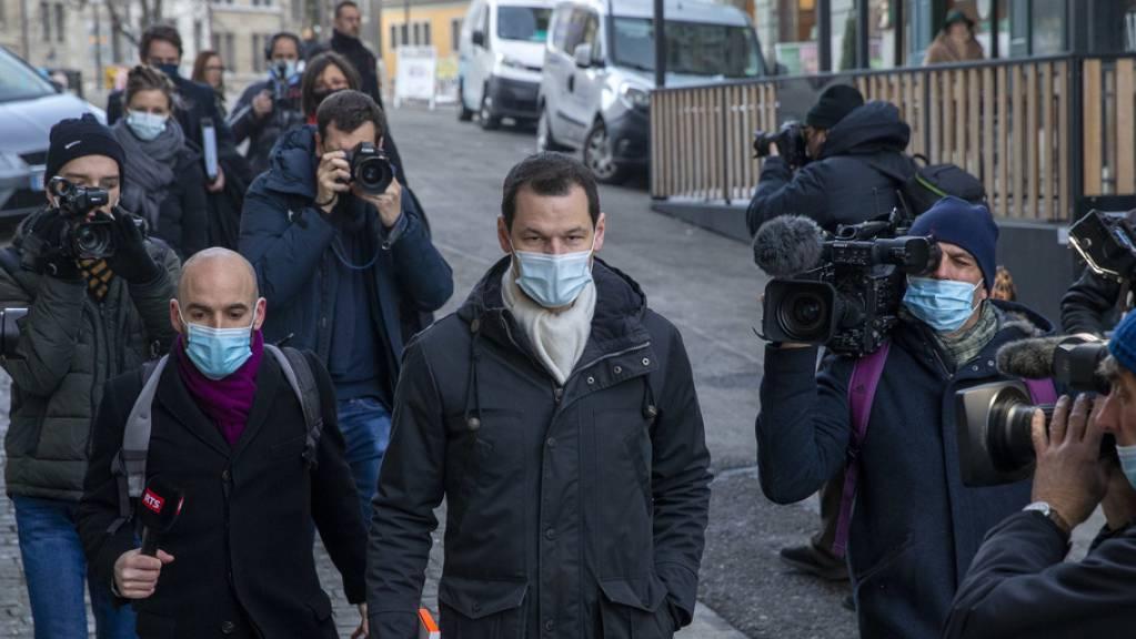Pierre Maudet auf dem Weg ins Gericht.