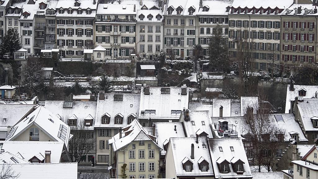 Schnee und Sturmwinde setzten Verkehr auf  zu