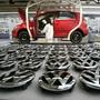 Produktion des VW-Golfs in der Volkswagen-Fabrik in der deutschen Stadt Wolfsburg. (Archivbild)