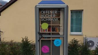 Der Bücherschrank ist nun in Betrieb und kann weiter gefüllt werden. ZVG