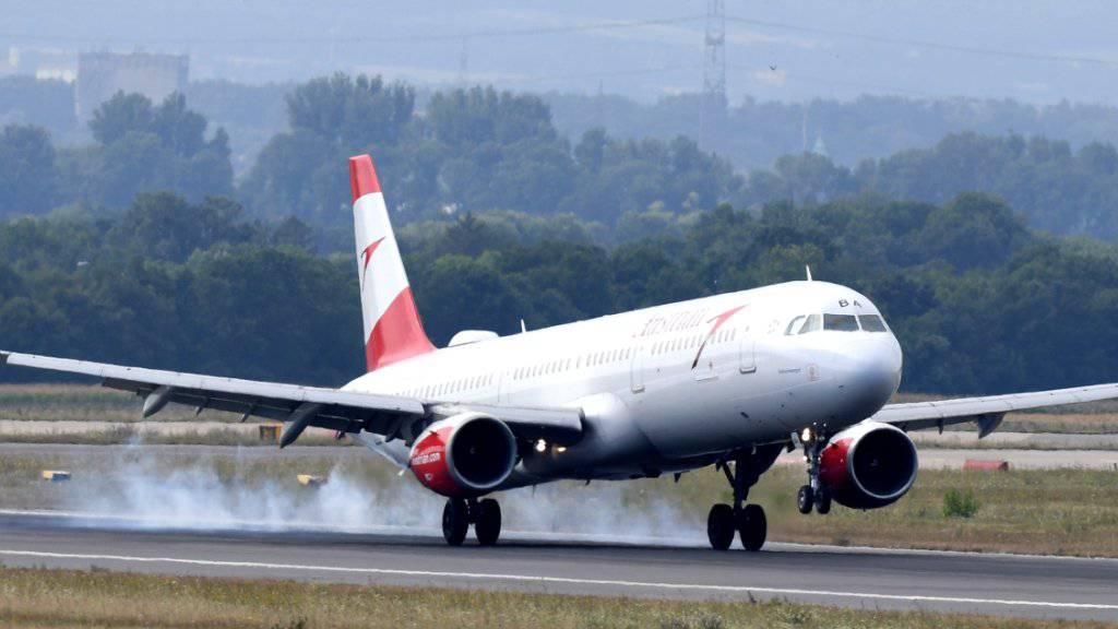 Fliegen soll teurer werden: Die Umweltkommission des Ständerates will eine Flugticketabgabe einführen. (Symbolbild)
