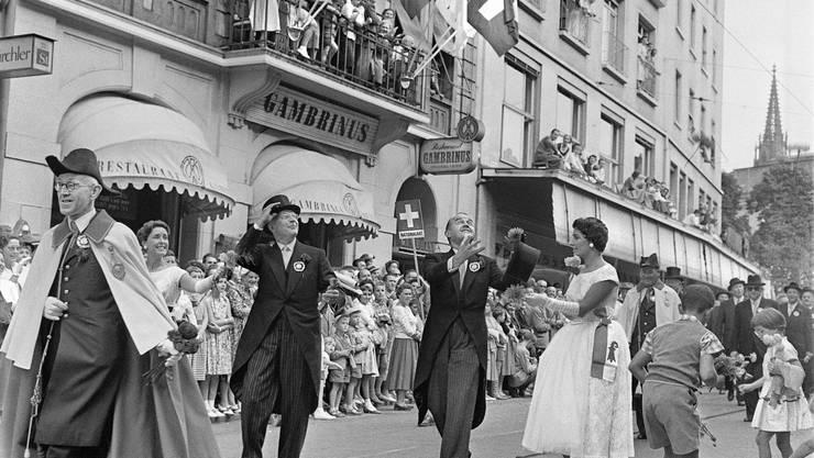 Bild von der Basler Jubiläumsfeier im August 1957.