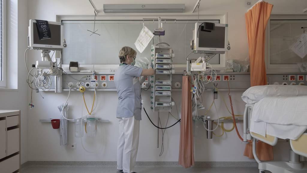 Bislang mussten rund 4000 infizierte Personen hospitalisiert werden.