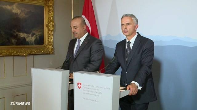 Türkischer Aussenminister nirgends erwünscht