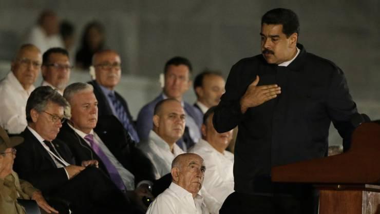 Staatschefs wie der venezolanische Präsident Maduro machten dem verstorbenen Revolutionsführer Fidel Castro in Havanna ihre Aufwartung.
