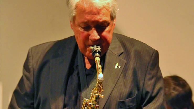 Spielt seit 66 Jahren Jazz: der Dietiker Hans Baumann.