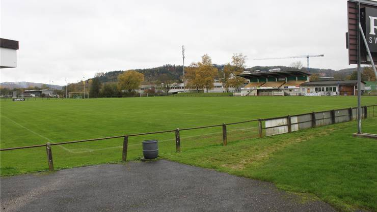 Der Sportplatz Moos in Lengnau ist sanierungsbedürftig.