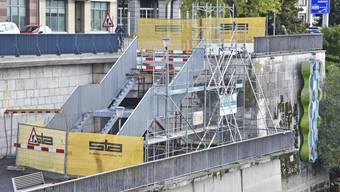 Die provisorische Sanierung Bahnhofterrasse dürfte Ende November abgeschlossen sein.