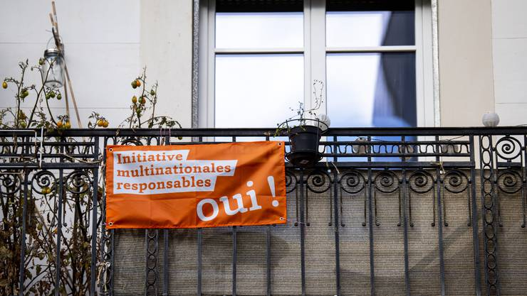 Eine Mehrheit würde am 27. November ein «Ja» für die Konzernverantwortungsinitiative einlegen, wie eine erste Umfrage zeigt.