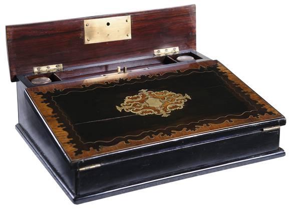 Frida Rothpletz' Ausstellungsstück: ein mobiler Sekretär.