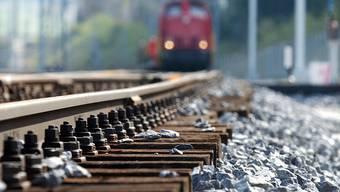 Reisende werden gebeten, andere Zugverbindungen zu nutzen und die gewünschte Verbindung von Abfahrt im SBB-Online-Fahrplan zu prüfen. (Themenbild)