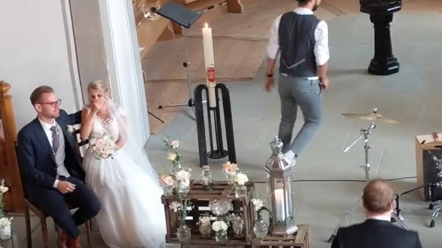 «Gänsehaut pur» – Fäaschtbänkler crashen Hochzeit