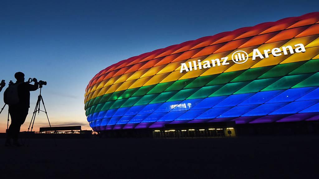UEFA lehnt Regenbogen-Beleuchtung ab
