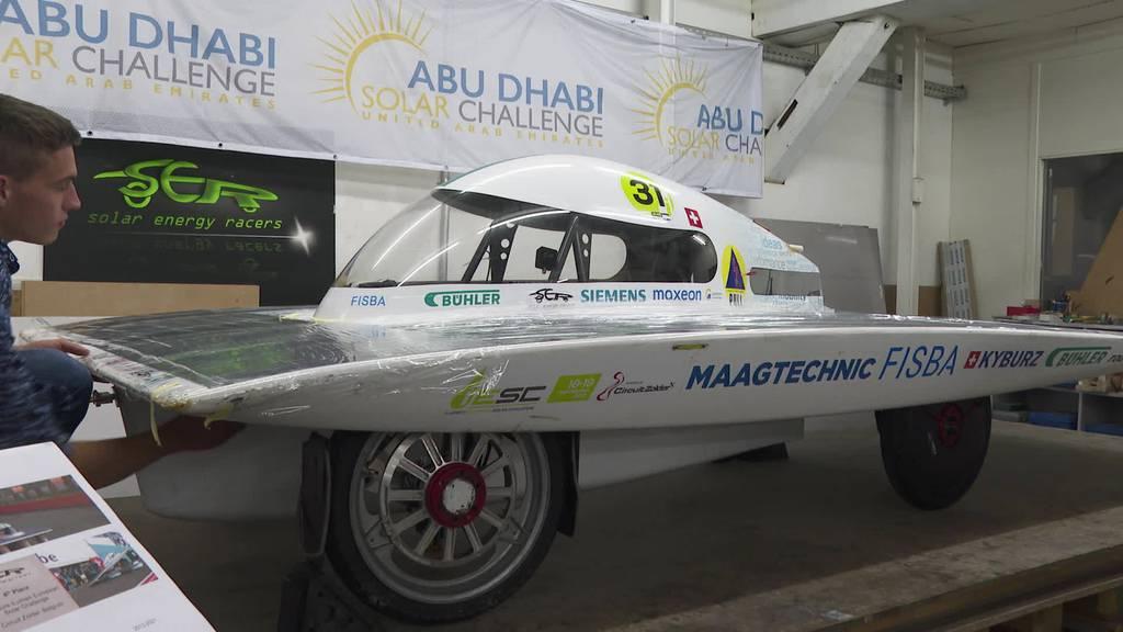 Arbeiten am Solar Racer: Berufsleute lernen für die Zukunft