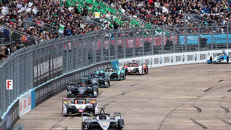 Nach aktuellem Stand wird die Formel E ihren Meisterschafts-Betrieb am 21. Juni in Berlin wieder aufnehmen. Bereits im letzten Jahr gastierte die Rennserie auf dem stillgelegten Flughafen Tempelhof