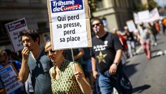 Mitarbeitende von Tamedia bei ihrer Kundgebung am Mittwoch in Lausanne.