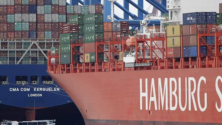 Handelskonflikte, schwächelnde Konjunktur, Brexit: Dennoch konnte Deutschland die Exporte im Juli überraschenderweise steigern. (Symbolbild)