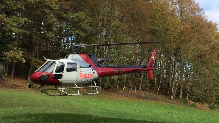 Nach den Kriminaltouristen wurde mit diesem Polizei-Helikopter gefahndet.