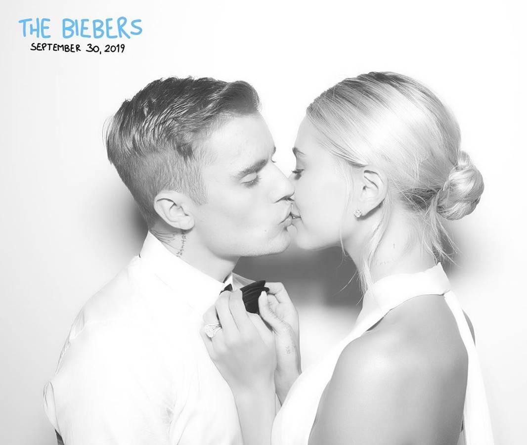 Justin und Hailey Bieber sind verliebt wie am ersten Tag. (© Instagram/justinbieber)