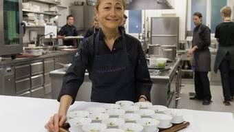 Die Köchin Tanja Grandits fordert dazu auf zu essen, worauf man Lust hat. Von veganer Küche hält sie wenig (Archiv)