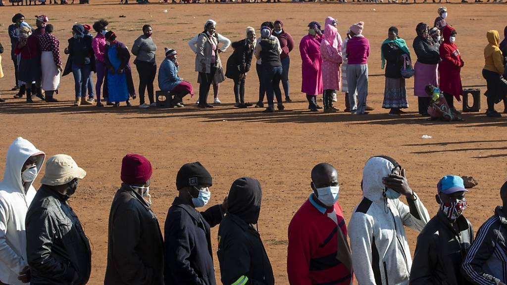 Laut der Weltgesundheitsorganisation WHO breitet sich das Coronavirus auf dem afrikanischen Kontinent immer weiter aus - das Land Südafrika ist dabei besonders betroffen. (Archivbild)