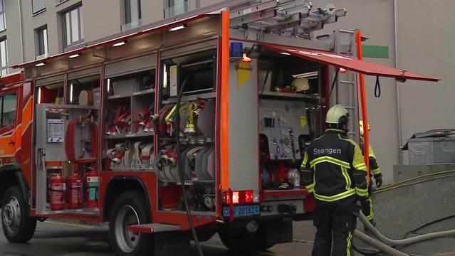 Nach dem Feuer in Seengen besteht der Verdacht, dass ein Mitglied der Feuerwehr den Brand gelegt hat.