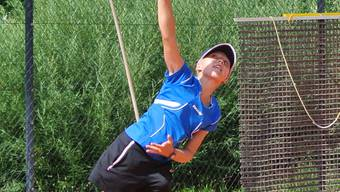 Die junge Tennisspielerin Sophie Lüscher will bald erste Erfahrungen an internationalen Turnieren sammeln. Carla Stampfli