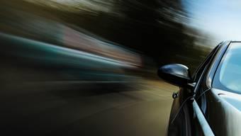 Eine 29-Jährige fuhr ausserhalb Leibstadts deutlich zu schnell. (Symbolbild)