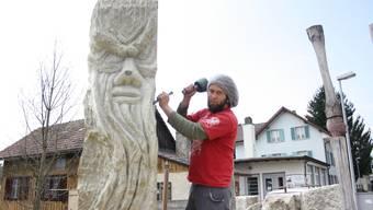 Mit Skulptur des Freiämter Sagenwegs